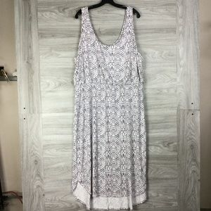 Tart Patterned Dress (PLUS)